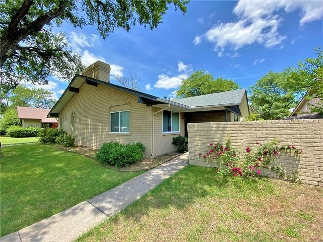 3 Bedrooms, North Crest Park Duplexes Rental in Dallas for $1,600 - Photo 1