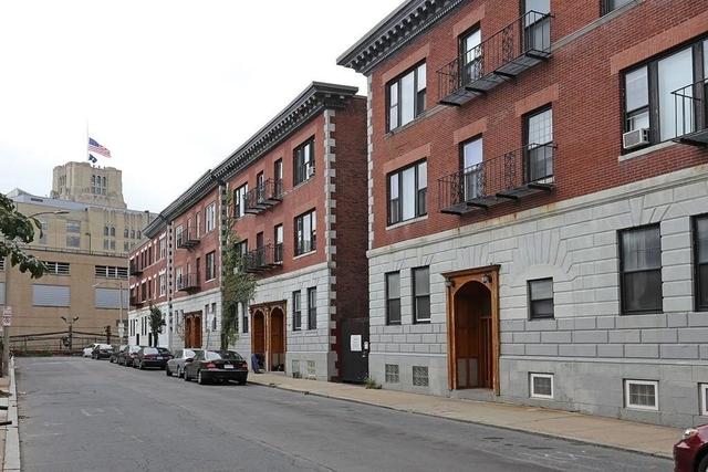 1 Bedroom, Kenmore Rental in Boston, MA for $2,200 - Photo 1