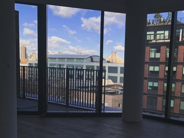 2 Bedrooms, Hunters Point Rental in NYC for $5,975 - Photo 1