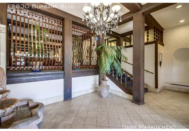 2 Bedrooms, Valley Village Rental in Los Angeles, CA for $2,499 - Photo 2