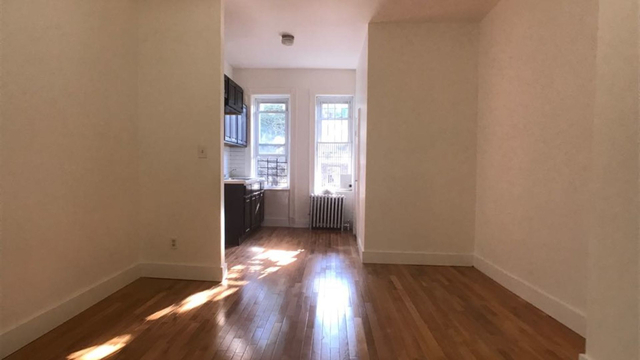 3 Bedrooms, Bedford-Stuyvesant Rental in NYC for $2,400 - Photo 1