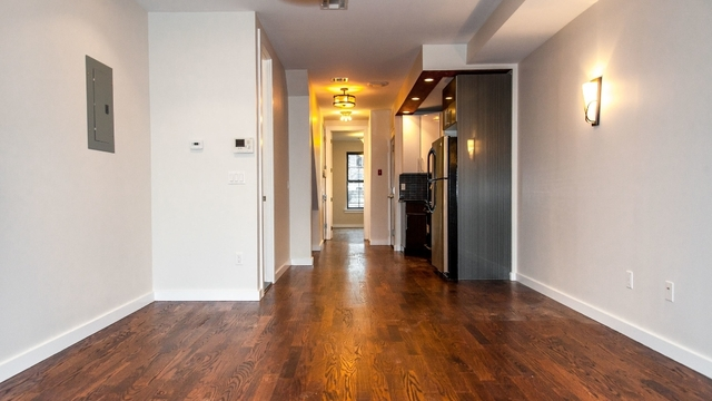 3 Bedrooms, Williamsburg Rental in NYC for $4,150 - Photo 1