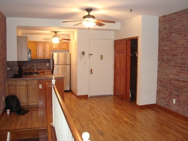 2 Bedrooms, Lincoln Square Rental in NYC for $3,995 - Photo 2