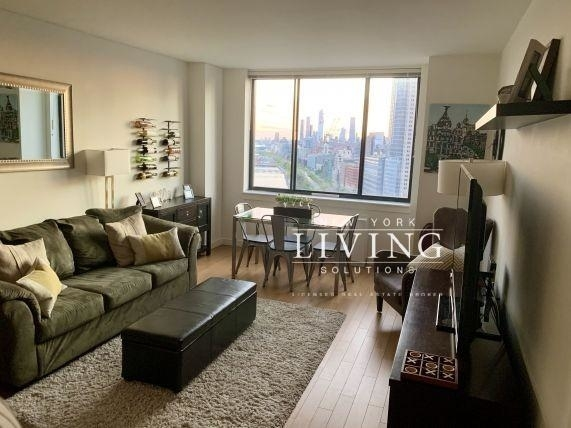 2 Bedrooms, Battery Park City Rental in NYC for $6,095 - Photo 1