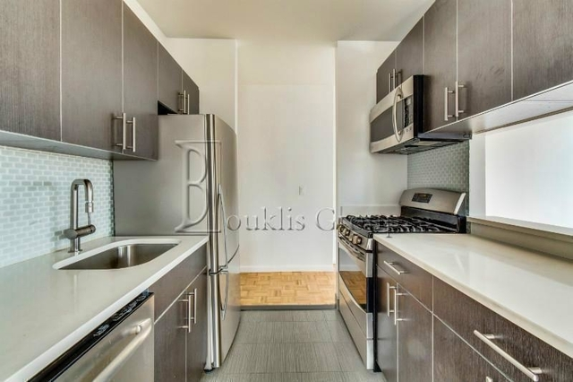 2 Bedrooms, Battery Park City Rental in NYC for $6,782 - Photo 2