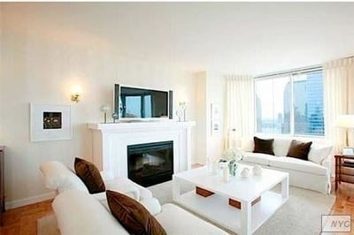 1 Bedroom, Tribeca Rental in NYC for $3,990 - Photo 1