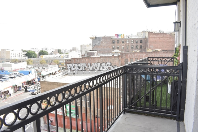 2 Bedrooms, Toy District Rental in Los Angeles, CA for $2,350 - Photo 2