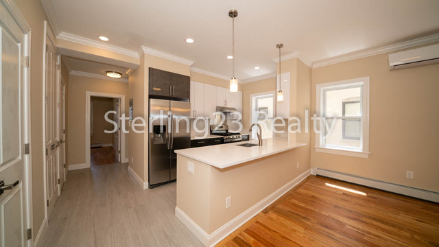 3 Bedrooms, Steinway Rental in NYC for $3,950 - Photo 1