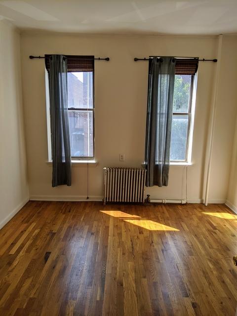 2 Bedrooms, Astoria Rental in NYC for $2,175 - Photo 1