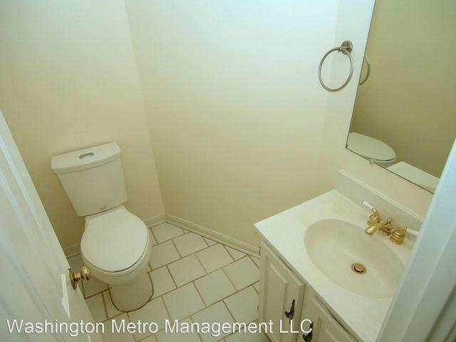 4 Bedrooms, Potomac Rental in Washington, DC for $3,200 - Photo 1