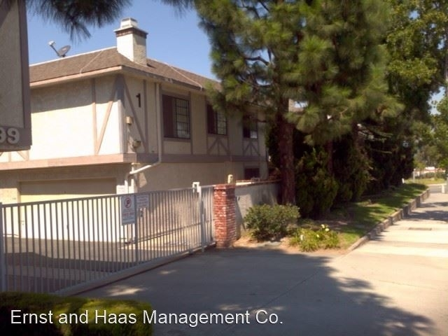 2 Bedrooms, Civic Center Rental in Los Angeles, CA for $2,295 - Photo 2