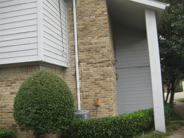 2 Bedrooms, Oakhurst Rental in Dallas for $1,850 - Photo 1