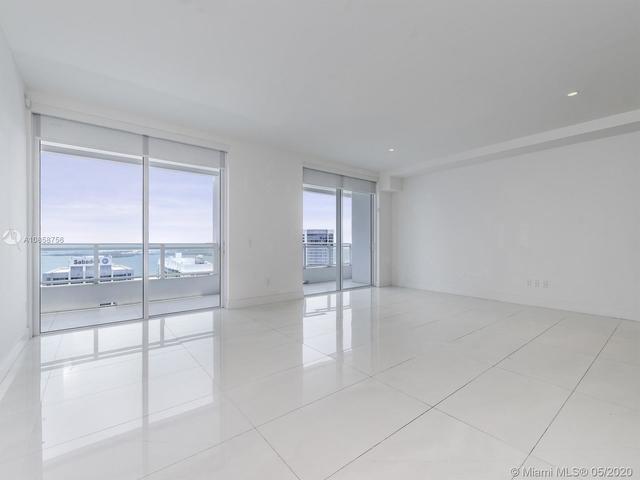 2 Bedrooms, Miami Financial District Rental in Miami, FL for $4,400 - Photo 2