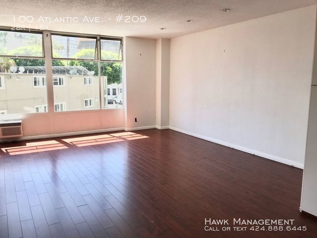2 Bedrooms, Downtown Long Beach Rental in Los Angeles, CA for $2,200 - Photo 2