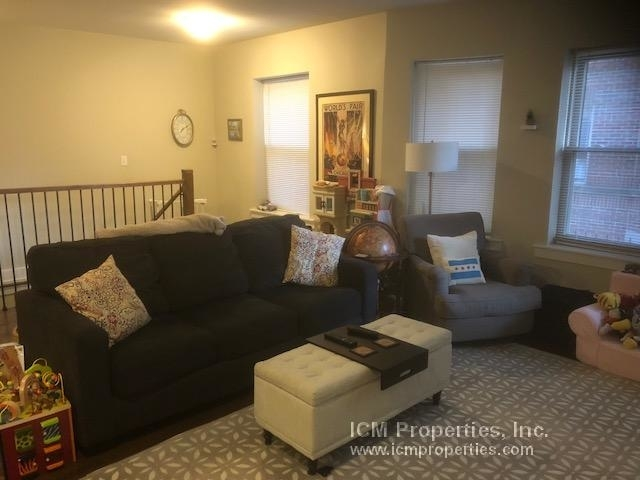 2 Bedrooms, Ravenswood Rental in Chicago, IL for $2,050 - Photo 1