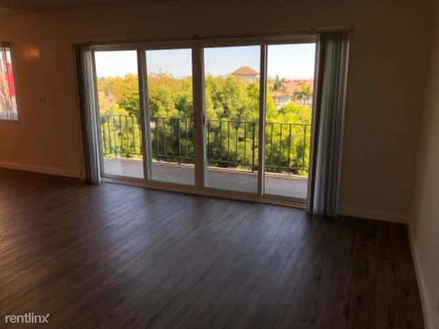 2 Bedrooms, Civic Center Rental in Los Angeles, CA for $2,200 - Photo 2