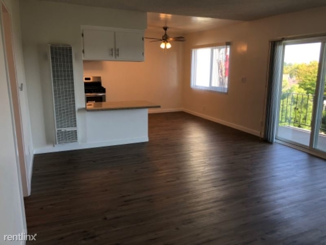2 Bedrooms, Civic Center Rental in Los Angeles, CA for $2,200 - Photo 1