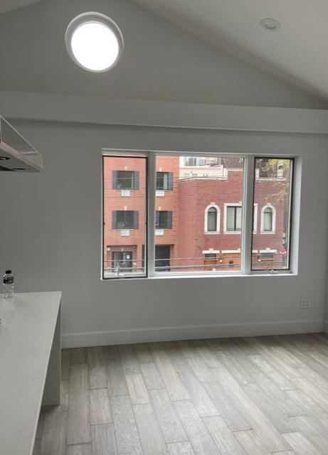 2 Bedrooms, Astoria Rental in NYC for $4,250 - Photo 2