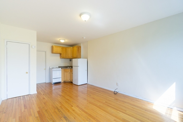 Studio, East Village Rental in NYC for $1,795 - Photo 2