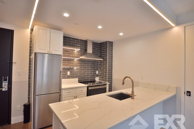2 Bedrooms, Bushwick Rental in NYC for $3,285 - Photo 2