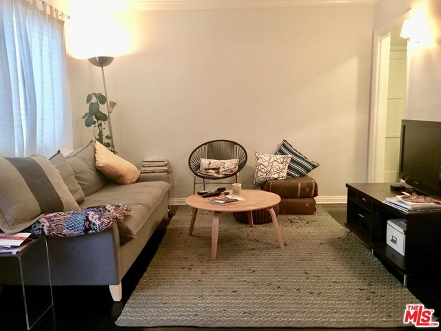 2 Bedrooms, Central Hollywood Rental in Los Angeles, CA for $2,600 - Photo 2
