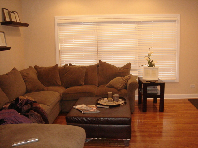 2 Bedrooms, Wrightwood Rental in Chicago, IL for $2,250 - Photo 2