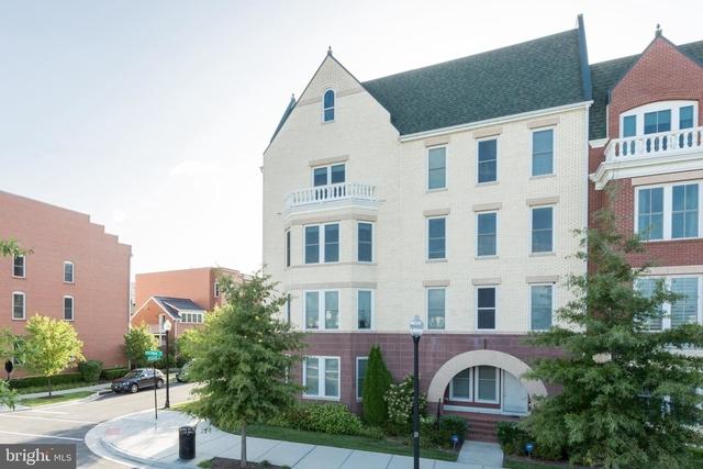 3 Bedrooms, Potomac Yard - Potomac Greens Rental in Washington, DC for $4,450 - Photo 2