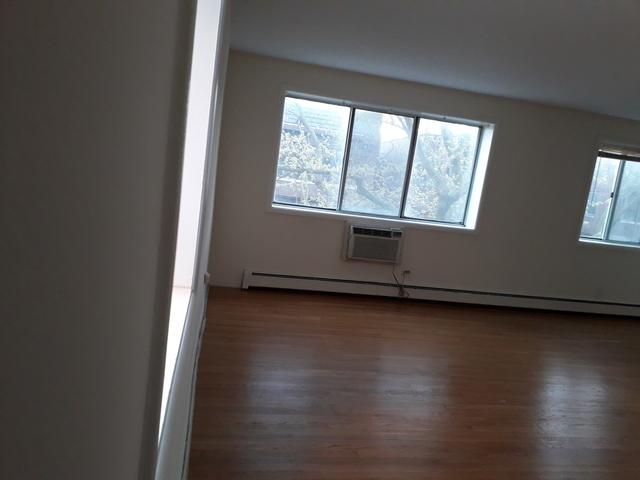1 Bedroom, Margate Park Rental in Chicago, IL for $1,000 - Photo 2