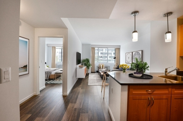 1 Bedroom, Bowery Rental in NYC for $4,915 - Photo 2