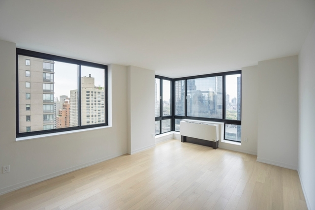 1 Bedroom, Hell's Kitchen Rental in NYC for $4,308 - Photo 1