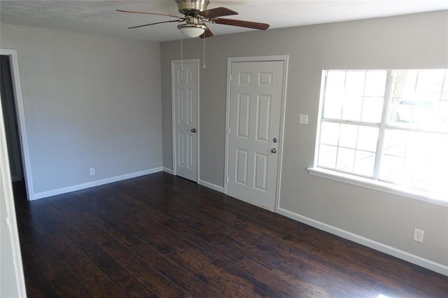 3 Bedrooms, Rosewood Rental in Houston for $1,300 - Photo 2