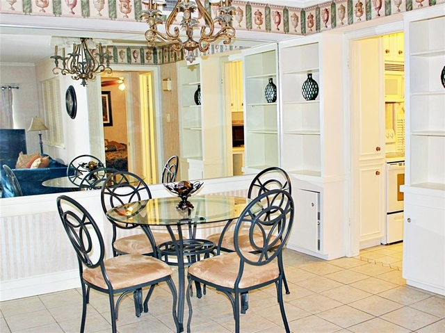 1 Bedroom, Uptown-Galleria Rental in Houston for $1,100 - Photo 2