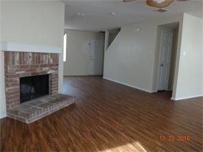 3 Bedrooms, Harris Crossing Rental in Dallas for $1,775 - Photo 2