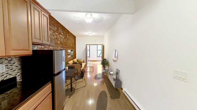 3 Bedrooms, Yorkville Rental in NYC for $4,629 - Photo 2
