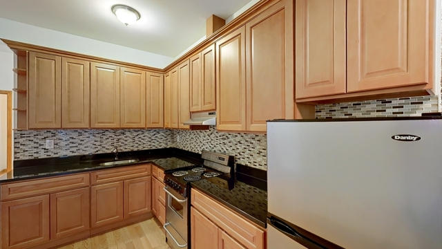 3 Bedrooms, Yorkville Rental in NYC for $4,629 - Photo 1