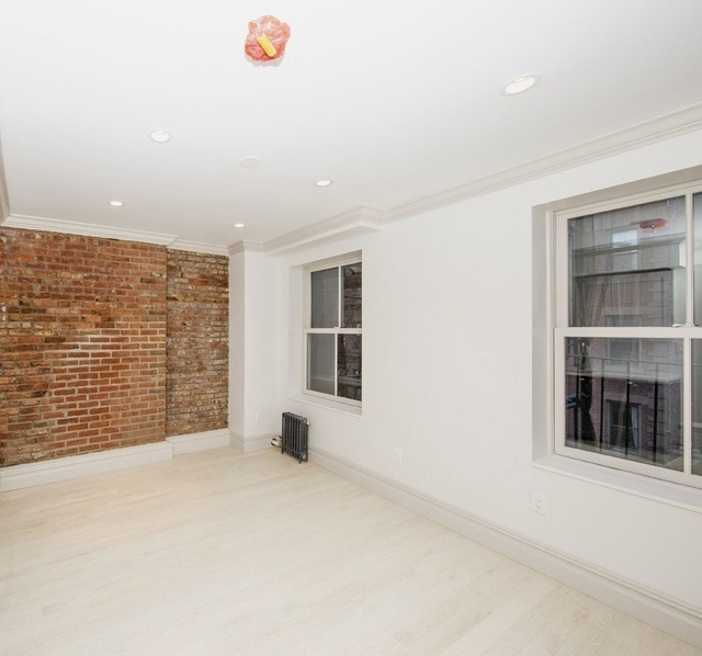 1 Bedroom, West Village Rental in NYC for $3,763 - Photo 2