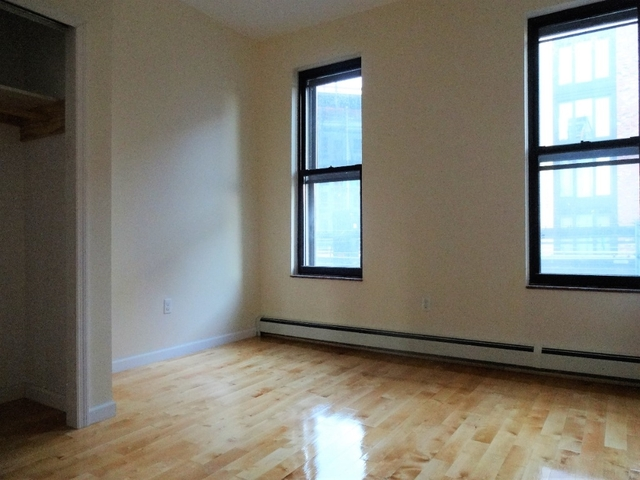 Room, Bushwick Rental in NYC for $1,000 - Photo 2