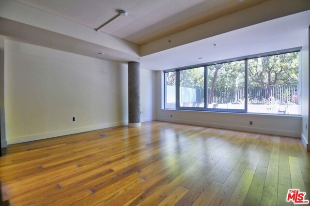 2 Bedrooms, South Park Rental in Los Angeles, CA for $5,900 - Photo 1