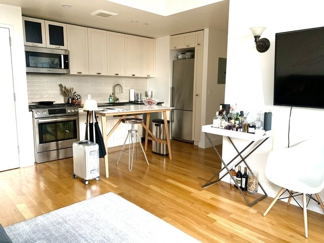 2 Bedrooms, Clinton Hill Rental in NYC for $3,900 - Photo 1