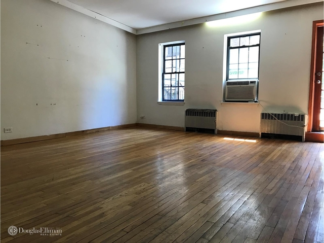 2 Bedrooms, Turtle Bay Rental in NYC for $3,195 - Photo 2