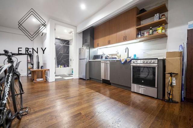 2 Bedrooms, Bushwick Rental in NYC for $2,425 - Photo 1