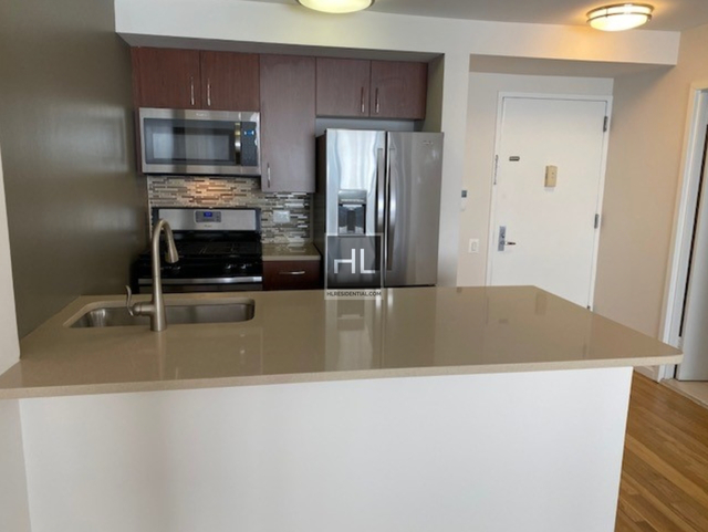 2 Bedrooms, Chelsea Rental in NYC for $6,708 - Photo 2