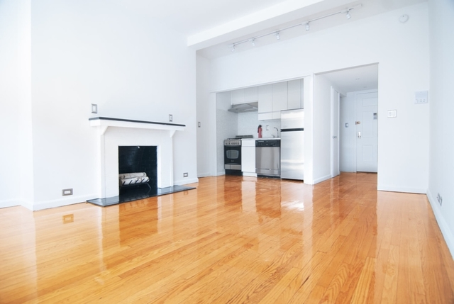 Studio, Theater District Rental in NYC for $3,450 - Photo 2
