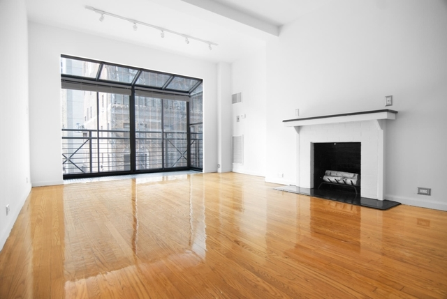Studio, Theater District Rental in NYC for $3,450 - Photo 1