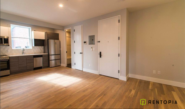 3 Bedrooms, Bedford-Stuyvesant Rental in NYC for $2,704 - Photo 2