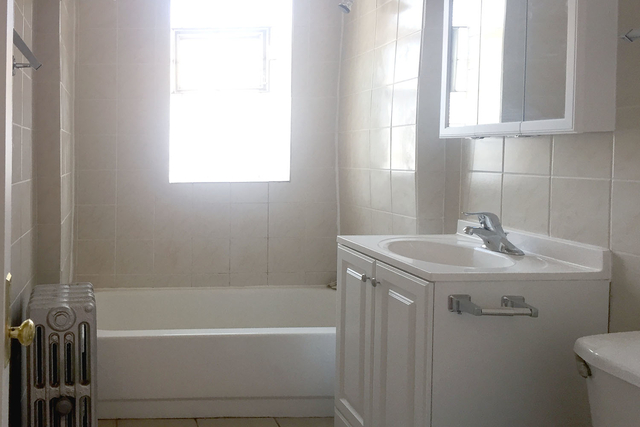 3 Bedrooms, Hyde Park Rental in Chicago, IL for $3,600 - Photo 1