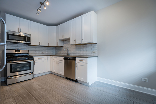 3 Bedrooms, Hyde Park Rental in Chicago, IL for $3,300 - Photo 1