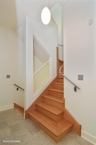 3 Bedrooms, Wrightwood Rental in Chicago, IL for $4,800 - Photo 2
