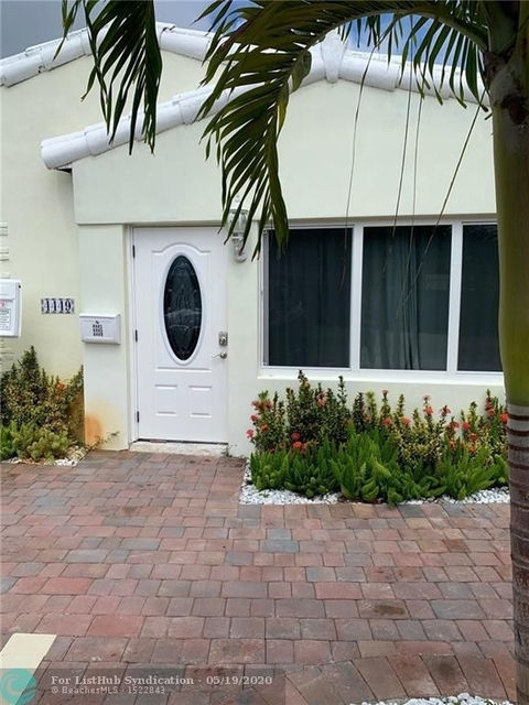 3 Bedrooms, Lauderdale-by-the-Sea Rental in Miami, FL for $4,195 - Photo 1