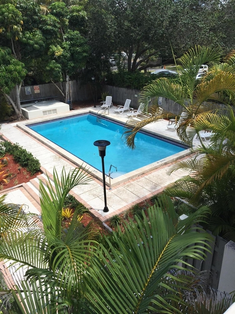 2 Bedrooms, Northeast Coconut Grove Rental in Miami, FL for $1,850 - Photo 1